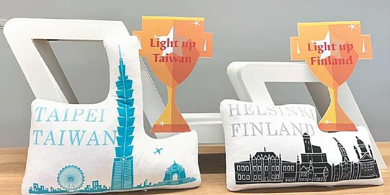●Light Up Taiwan獎項(左)與Light Up Finland獎項(右),由台灣、芬蘭城市天際線為主軸,象徵雙邊友好及創新城市意象。 圖/簡立宗