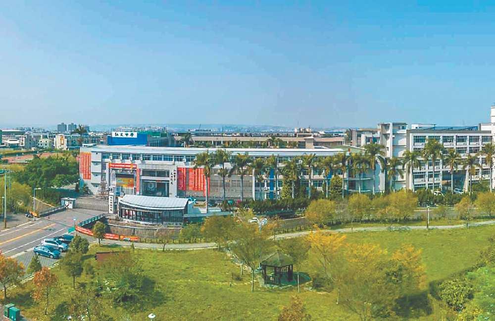 ●弘富重劃區緊鄰明星學校弘文中學,今年成為潭子房市的明日之星。圖/建商提供