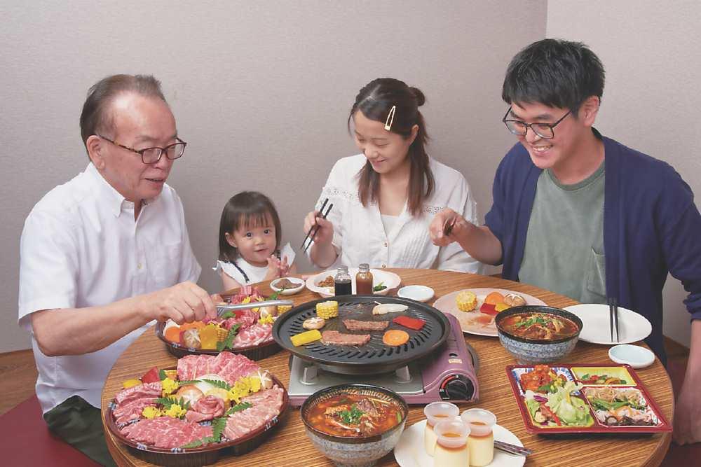 ↑「燒肉的名門-赤虎」即日起推出「手切燒肉外帶組」,燒肉控可在家DIY享受燒肉樂趣。圖/燒肉的名門-赤虎